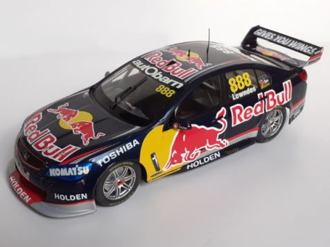 1:18 Classic Carlectables #888 Craig Lowndes' Year 2013 Red Bull Racing Australia Hodel VF Commodore 18531