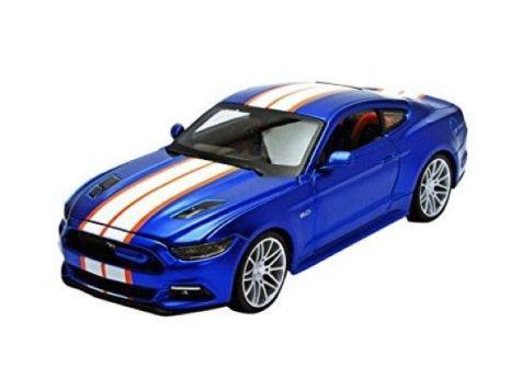 1:24 - Maisto 2015 Custom Ford Mustang GT in Blue