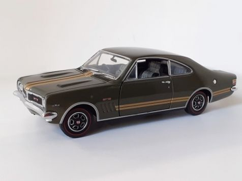 1:24 TRAX 1969 Holden HT Monaro GTS 350 Verdoro Green w/ Gold Stripes TRL4B
