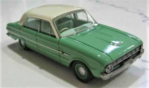 1:43 ACE Model Cars 1962 Ford XL Falcon Deluxe Sedan in Green/White with Green Int