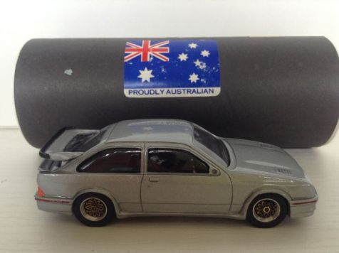1:43 Dinkum Classics 1987 Ford Cosworth Sierra RS 500  Moonstone Silver