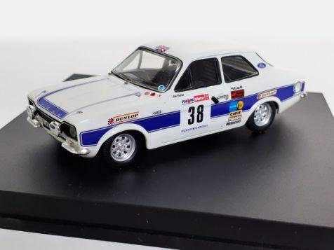 1:43 Trofeu Ford Escort Mk I RS 2000 Roger Clark Car #38 - 1974 Avon Tour of Britian Winner