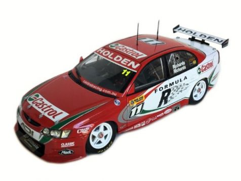 1:18 Classic Carlectibles 2002 Holden VX Commodore #34 Garth Tander