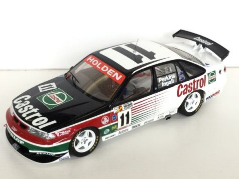 1:18 Classic Carlectables Holden VR Commodore 1995 Bathurst Winner #11 Perkins / Ingall