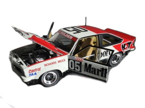 1979 1:18 Classic Carlectables Bathurst Winning Holden A9X Torana #05 Brock/Richards Stickered