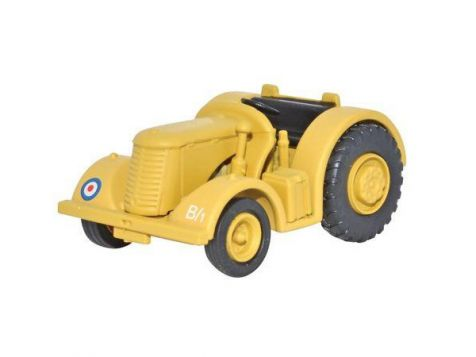 1:76 Oxford Diecast David Brown Tractor RAF Middle East