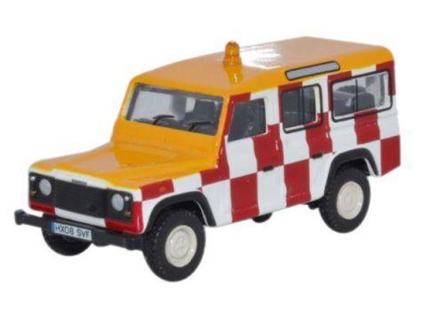 1:76 Oxford Diecast Military Land Rover Defender Station Wagon RAF Northolt