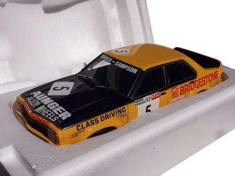 1:18 Autoart 1975 Holden LH Torana Bathurst Winner (L34 Option) P.Brock/B.Sampson die cast model car