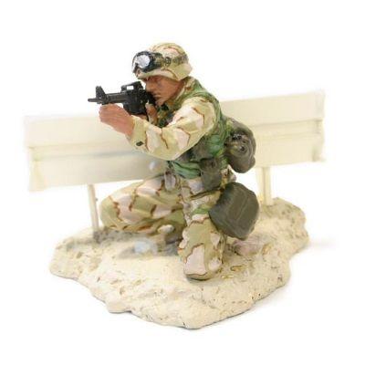 1:32 Forces of Valor Figurine- Marine PFC Miller - Baghdad 2003 diecast model