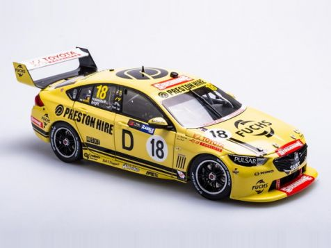 1:18 Biante 2018 Holden ZB Commodore #34 Golding/Muscat Sandown Retro 500