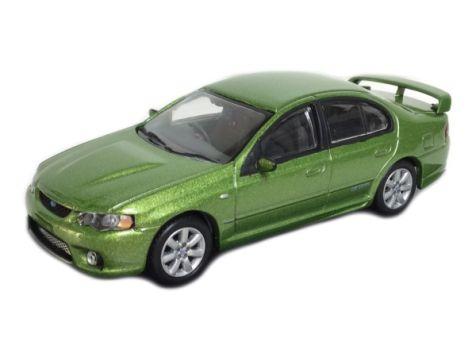1:64 Biante Ford FPV GT-P Sedan - Mandarin