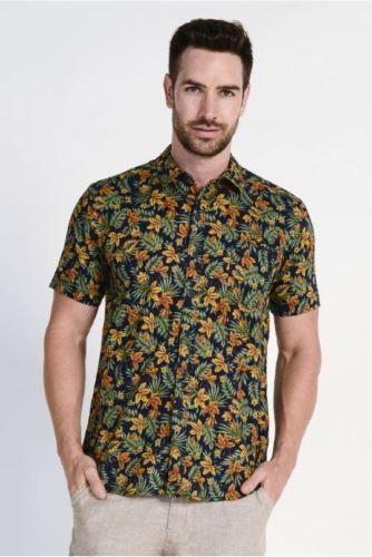 Braintree Men's Hemp Cotton Short Sleeve Shirt Tropical Print in DK Print