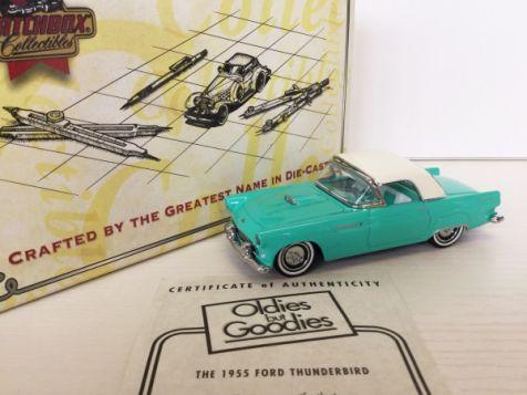 1:43 Matchbox Collectibles 1955 Ford Thunderbird