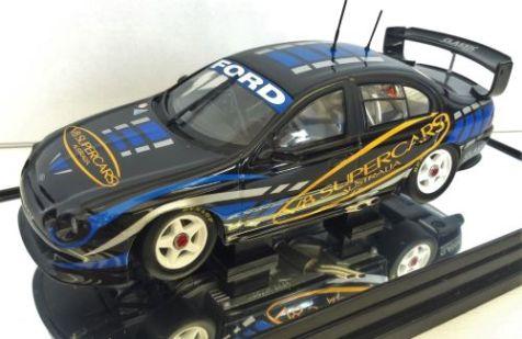1:43 Classic Carlectables Ford AU Falcon 2002 V8 Supercars Gala Awards 43560