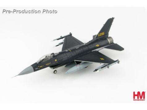 "1:72 Hobby Master Lockheed F-16C Lockheed F-16C ""Post-Depot Ferry Scheme"" 18th Aggressor Sqn., Alaska, 2017"