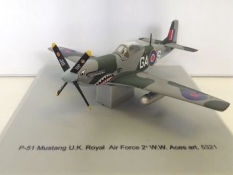 1:100 Collection Armour P-51 Mustang UK RAF 2a WW ACES 5321