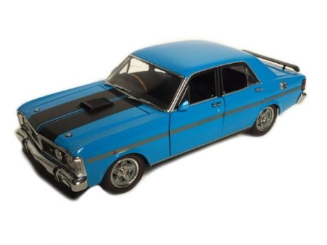 1:24 TRAX 1971 Ford XY Falcon GTHO Phase III in True Blue
